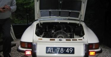 IMG_6470-porsche-911-oldtimer-targa-1972-oelklappe