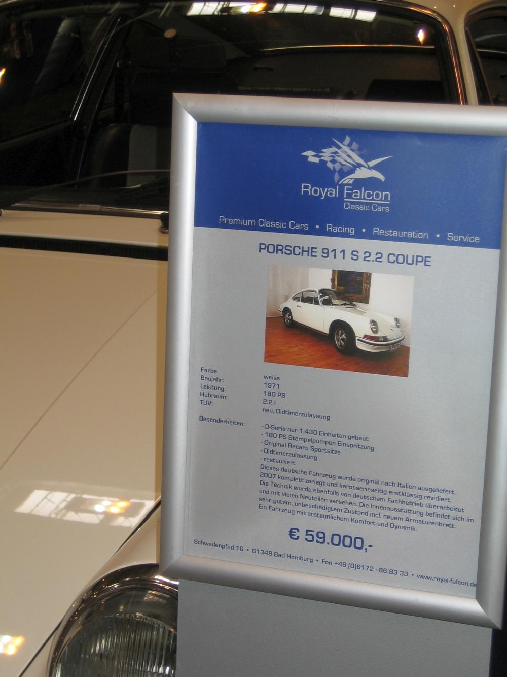 """Porsche 911 S 2.2l Coupé für 59.000 Euro. Inklusive Recaros. Ich höre noch die spitzen Schreie der Techno Classica-Besucher 2009: """"Fast 60.000 Euro für einen 2.2 S???"""" - Stand heute war der Kauf ein echter Schnapper!"""
