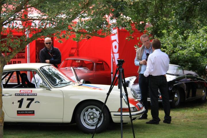 1964er Porsche 911 Coupé in Rennversion gerade frisch zurück von Classic LeMans