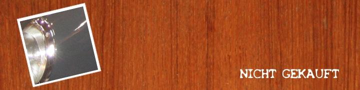 grauer-porsche-911-1965-auf-mahagonitisch
