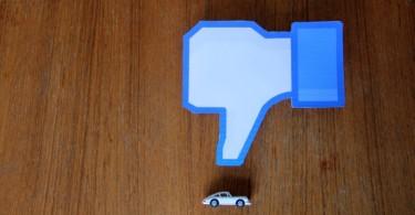mahagonitisch-facebook-like-porsche-modell