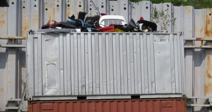 porsche-aus-dem-spam-titelbild-porscheteile-im-container-img_0355