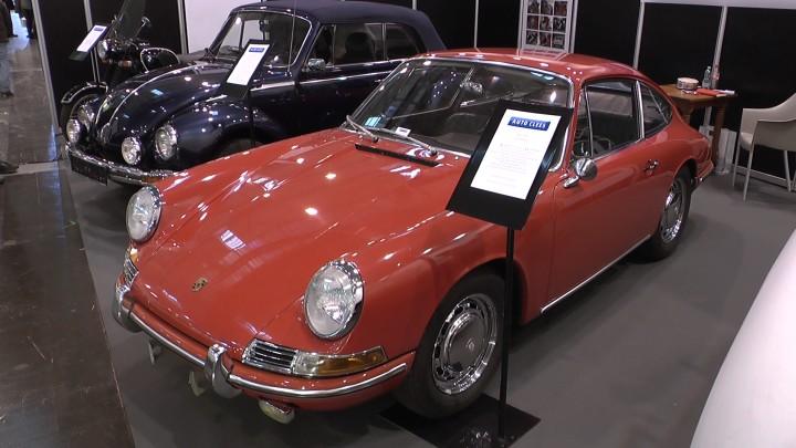Früher 1965er Porsche 911 im Originalzustand auf der Techno Classica 2013: Am ersten Tag verkauft trotz deutlich sechsstelligem Preisschild.