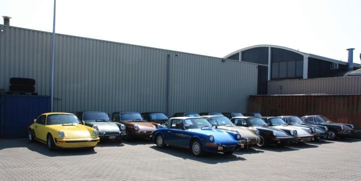 Welche Farbe hätten Sie denn gern? Porsche F-Modelle und G-Modelle im Porsche-Bereich des Speditionsgeländes