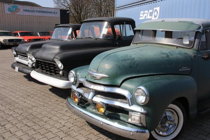 """Wie in """"Cars"""" - Hof der holländischen Spedition mit US-Tracks im Rentenalter"""