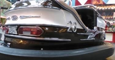 S1420003-autoscooter-1964-historischer-jahrmarkt-jahrhunderthalle-2014