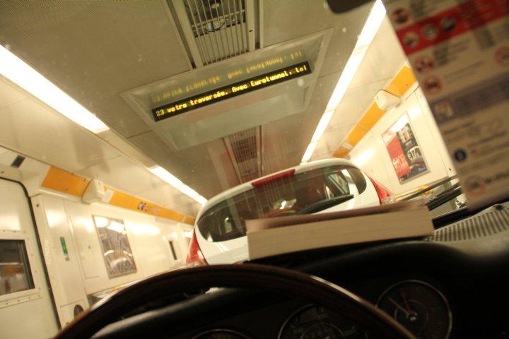 Im Eurotunnel: Teil der Maschine Porsche 911