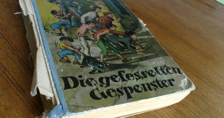 S1600002 Hoernemann Die Gefesselten Gespenster Originalausgabe Titel