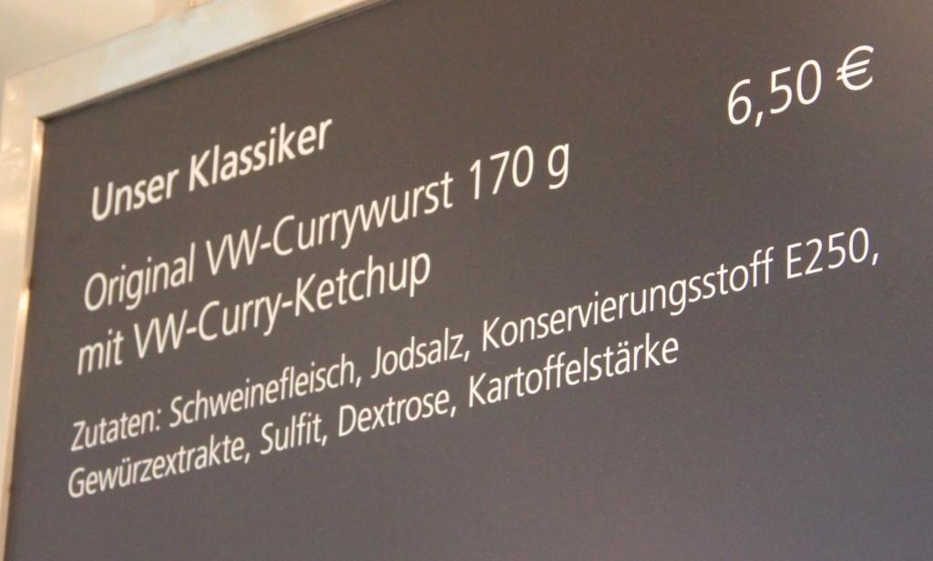 VW-Currywurst - gibt es auch in Bio-Qualität, also quasi bleifrei zum selben Preis