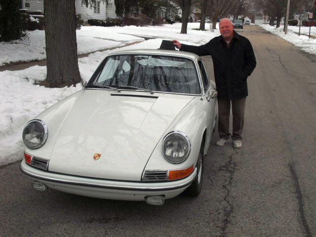 Jerry (Vorbesitzer Nr. 4) mit Jerry (dem Porsche) im April 2013 in Geneva bei Chicago