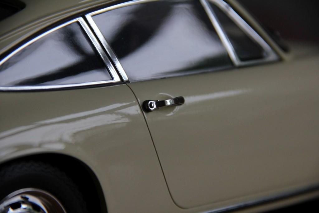 Türgriffe. Nah am Porsche-Original.