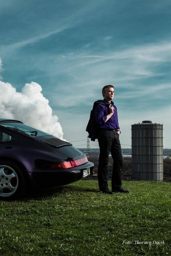 Thomas und der Jubi-Porsche. Ein wenig #porschmüde. Aber nur ein wenig.