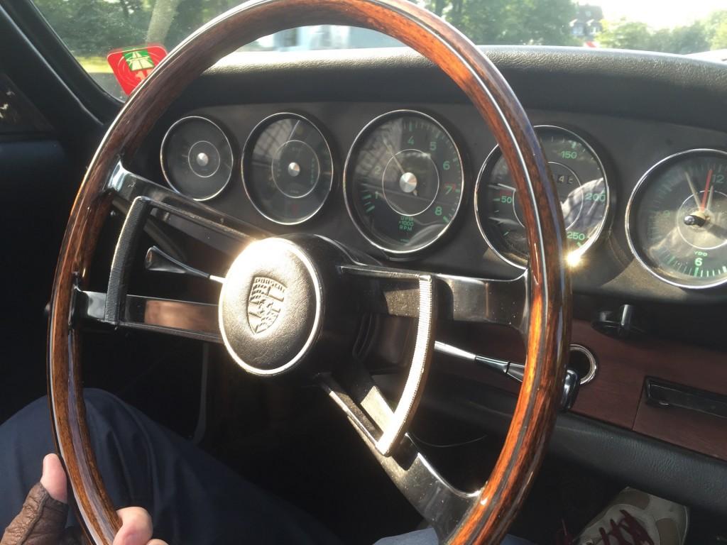 Läuft. Mit dem 65er Porsche 911 Coupé auf der Bahn.