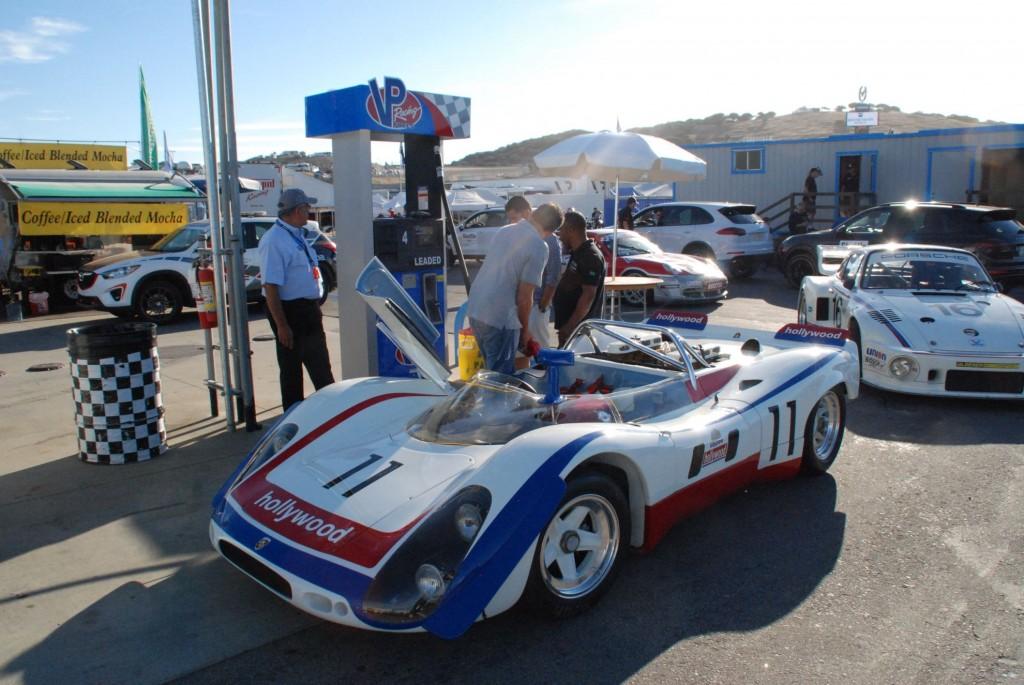 Bild Race Fuel Wetter ist einfach Hammer. Es riecht nach einer Mischung aus Rennbenzin und dünnem Rennöl.