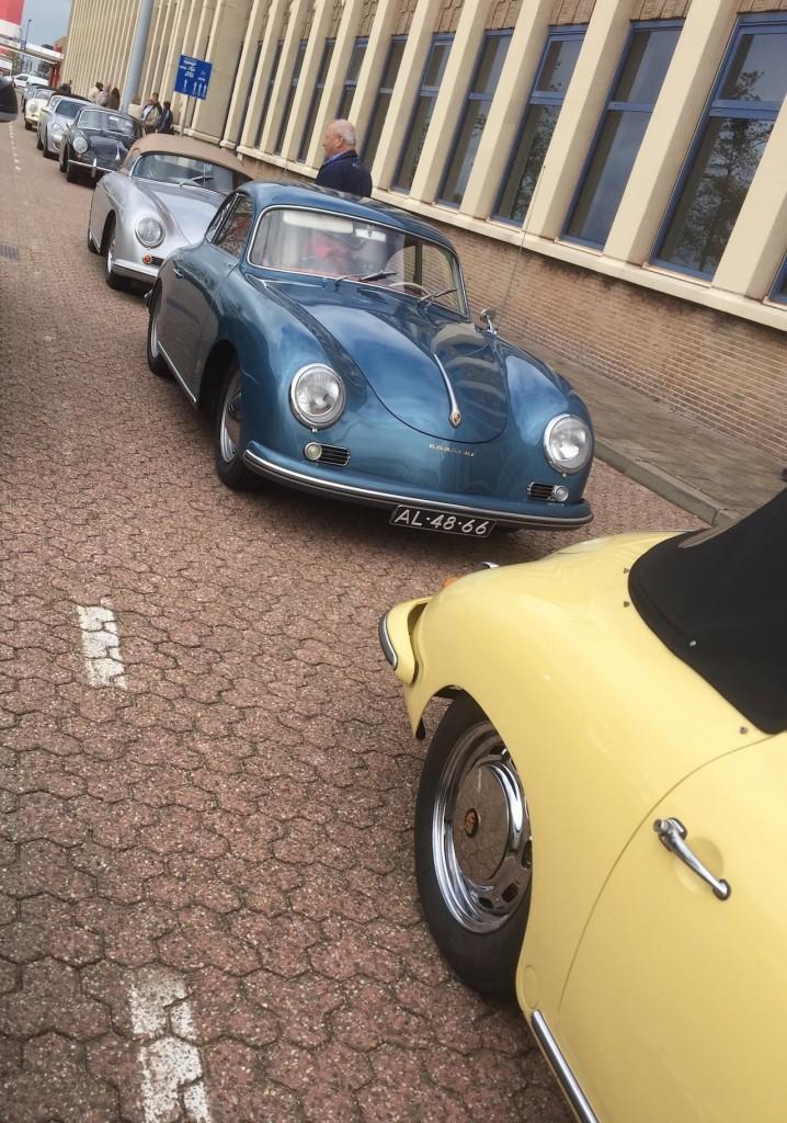 Da könnte ich schwach werden. Viele bunte Knubbel-356 vom Porsche 356 Club Holland.