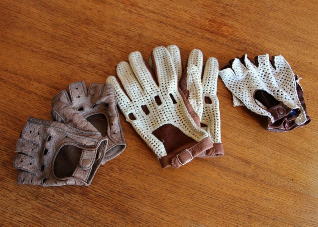 Hansbahnhofs Handschuh-Kollektion. Von links nach rechts. Pekari, Hirsch und die Handschuhe der Frau, die möglicherweise von einem Ex-Reh stammen