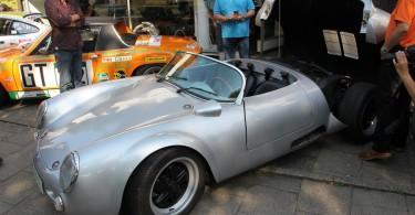 Sieht böse aus und es wahrscheinlich auch. Porsche?
