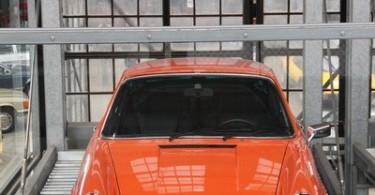 Ziemlich sicher geparkt: F-Modell Porsche in der Classic Remise